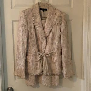 Anne Klein 2 piece suit size 6